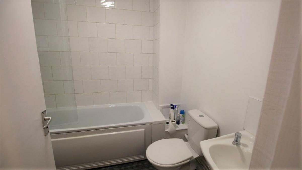Image of 2 Bedroom Ground Floor Flat, London Road, Derby Centre